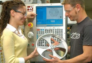 student-manufacturing-industry-education